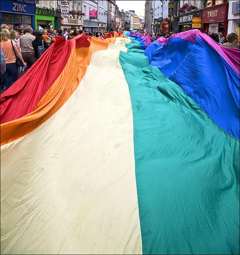 gay mounting