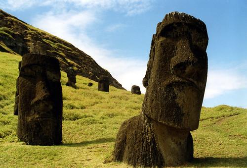 フリー画像| 人工風景| オブジェ| 彫刻/彫像| モアイ像| イースター島|      フリー素材|