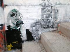 (SpUtNik 23 -RUR und MKZ) Tags: barcelona street streetart art spain stencil barcelone espania pochoir difusor rondadelguinard