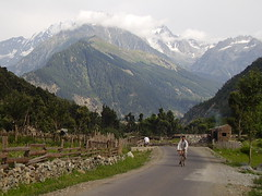 kalam~pakistan~ ((s@jj@d)~`~DiL~AwAiZ~`~ Back) Tags: life road trees pakistan portrait colour tree green nature beautiful beauty portraits asia pakistani roads syed nwfp pabbi swat shah landscap landscaps dil sajjad peshawer nowshera chirat aplusphoto jalalspagespakistan athror awaiz dilawaiz
