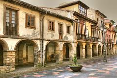 Avils - Calle Galiana (marathoniano) Tags: street city espaa architecture landscape calle spain arquitectura europe village asturias espagne avils globalvillage asturies marathoniano aplusphoto