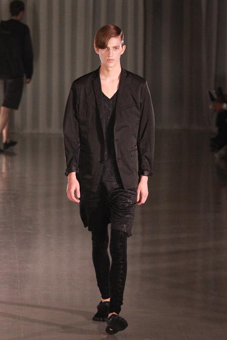 SS11_Tokyo_MOLFIC007_Gabriel Gronvik(Fashionsnap)