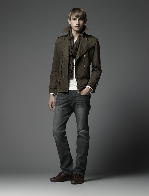 Jannik Schulz0083_Burberry Black Label(Official)