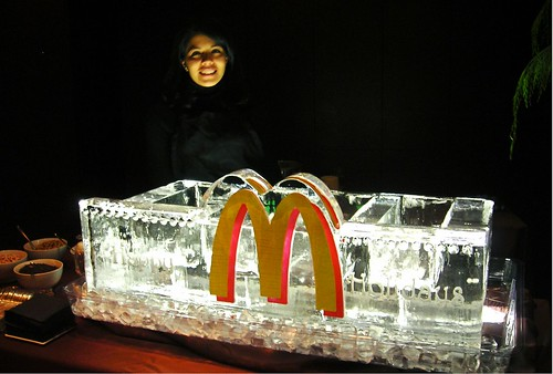 Mc Donalds Gelato Station ice sculpture