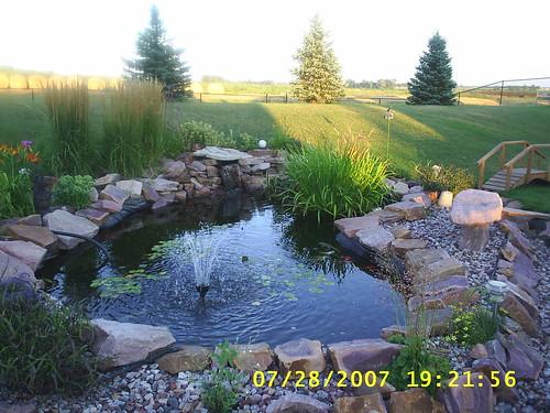 Preformed garden pond kits uk garden ftempo for Preformed fish ponds