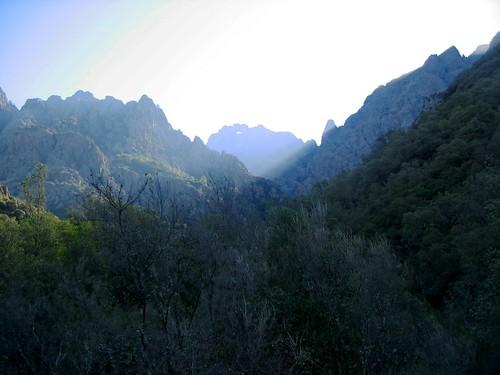 Entrée de la vallée supérieure du Fangu
