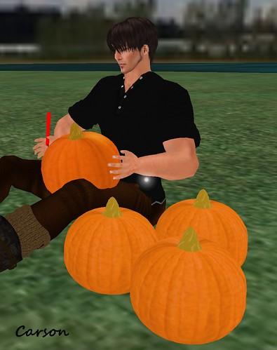 EmmePose Halloween