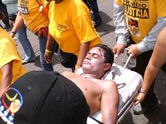 El muerto de PJ (Naky Soto) Tags: libertad venezuela caracas protesta polticos periodismo periodistas rctv partidos libertaddeexpresion nakysoto diadelperiodista