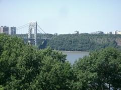 hudson river and george washington bridge (yumbs) Tags: newyorkcity hudsonriver georgewashingtonbridge forttryonpark