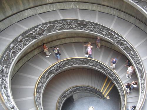 escalera de la capilla sixtina vaticano