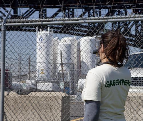 Greenpeace inspects the Kuehne plant in Newark, N.J.
