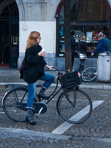 Amsterdam Cycle Chic - Coffee