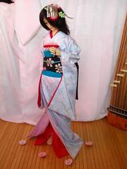 Parle moi d'une fleur (Nylh) Tags: kabuki bjd dollfie furisode ize kanzashi souldoll onnagata