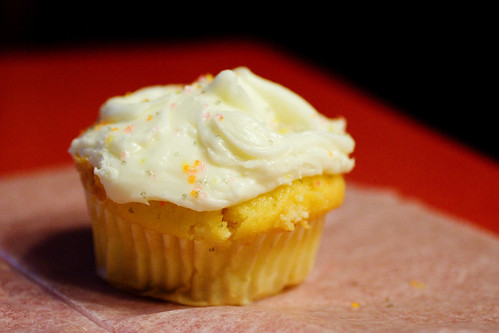 lemon cuppy cake