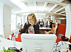 bureau rouge (frischmilch) Tags: desktop new people white work germany design moving desk bureau room cologne indoor fisheye agency workplace interiordesign nordrheinwestfalen outterspace antwerpes doccheck doccheckag