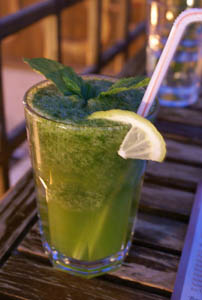 fresh mint lemonade, leila's restaurant, damascus, syria