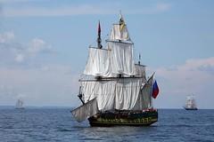 Shtandart (Bruno Girin) Tags: race flag baltic russian frigate tallships shtandart tallshipsracesbaltic2007
