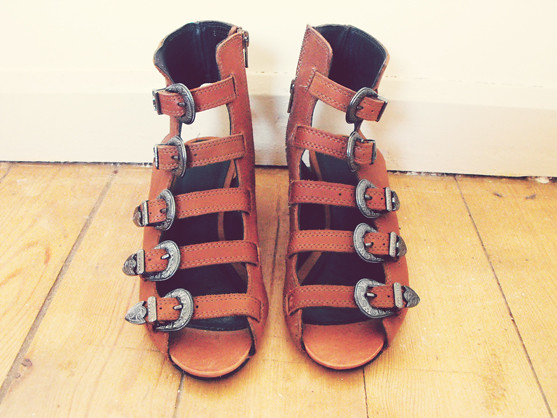 keep or return: Topshop Nate Sandals