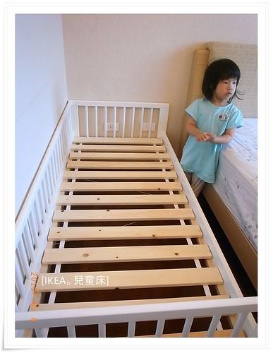 [兒童床]小璟幫忙組裝_13