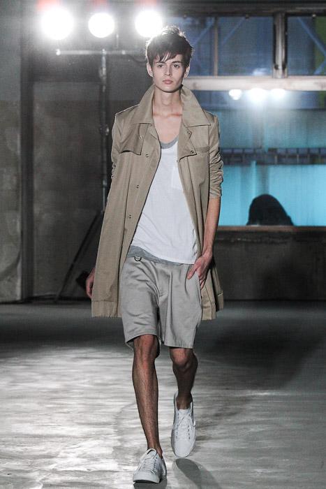Shane Laver3001_SS11_Tokyo_Sise(Fashionsnap)