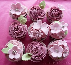 Pink Sweeties (Sweet Creations Studio (by Senel)) Tags: birthday pink flowers roses spain stuttgart chocolate events boda blossoms butterflies geburtstag pale cupcake mallorca raspberries blackberries cumpleanos feier torten badenwrttemberg nupcial cucpakes tartas tortendesign cupcakesisters sweetcreationsstudio