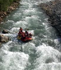yine rafting yaptm :) (a y  e g  l) Tags: trkiye rafting artvin oruh