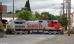 Clean Warbonnet (SP8254) Tags: railroad santafe vancouver train washington rail bnsf freighttrain vancouverwa atsf burlingtonnorthernsantafe clarkcounty santaferailroad atchisontopekaandsantafe c449w stacktrain bnsfrailroad burlingtonnorthernsantaferailroad clarkcountywa bnsf674