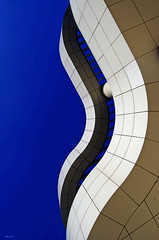 SUMmer... (Julian E...) Tags: california abstract color museum architecture buildings design losangeles bravo searchthebest geometry curves shapes fringe getty soe meier geometrie outstandingshots abigfave afterworkshots revisitinganoldfavorite