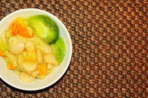 butter beans with green and yellow tomatoes