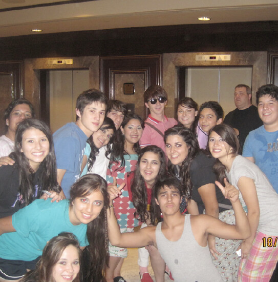 drake-bell-mexico-prom%20(7)