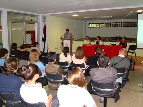 Presentación del Director de Extensión, UNA