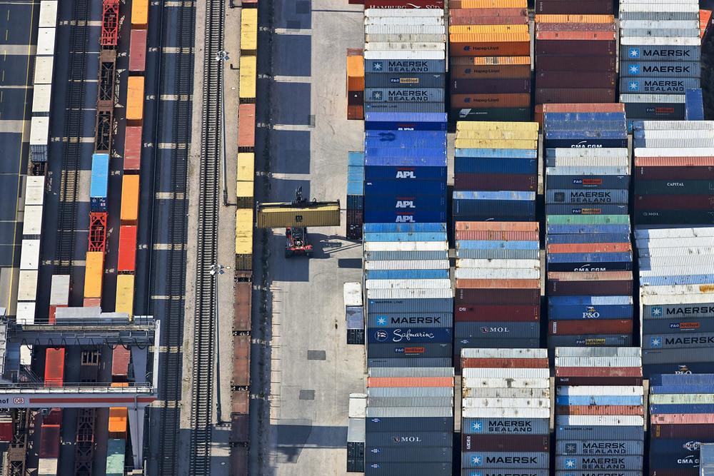 Luftbild vom Containerbahnhof am Ostbahnhof in Regensburg.