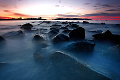Misty rocks (djsitaun) Tags: longexposure beach sand rocks kotakinabalu sabah likasbay likas batubatu tglipat hantubatu