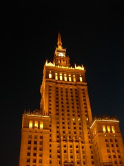 Palace of Culture and Science, Warsaw (Jacqi B) Tags: holiday europe poland moo warsaw 2007 pkin paackulturyinauki moo1 moocards mooable legertour grandrussianspectaculartour jacqistravels josephstalinpalaceofcultureandscience palaceofcultureandsciencewarsaw paackulturyinaukiimieniajzefastalina grstourday03 grsday3 russiablurb