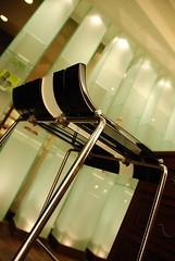 典雅的高腳椅