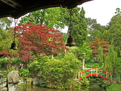 View from the Chinese Pavillion (KirscheTortschen) Tags: uk bridge red green water garden landscape bell japanesemaple chinesegarden nationaltrust biddulphgrangegarden interestingness228 1on1landscapesphotooftheday impressedbeauty favoritegarden superbmasterpiece 1on1landscapesphotoofthedayjune2007