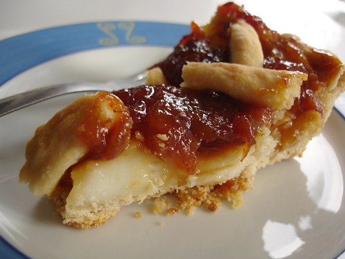 Caramel banana pie