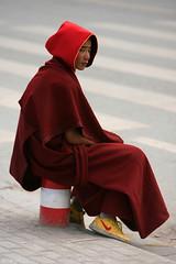 Tibetan Monk (oeyvind) Tags: china tibet nike amdo kham     qinghai   jyekundo gyegu