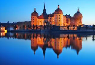Moritzburg at dawn