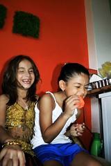 Bien chvere (paohaus) Tags: birthday oldsanjuan birthdayparty cumpleaos bellydancing kidsparty issis