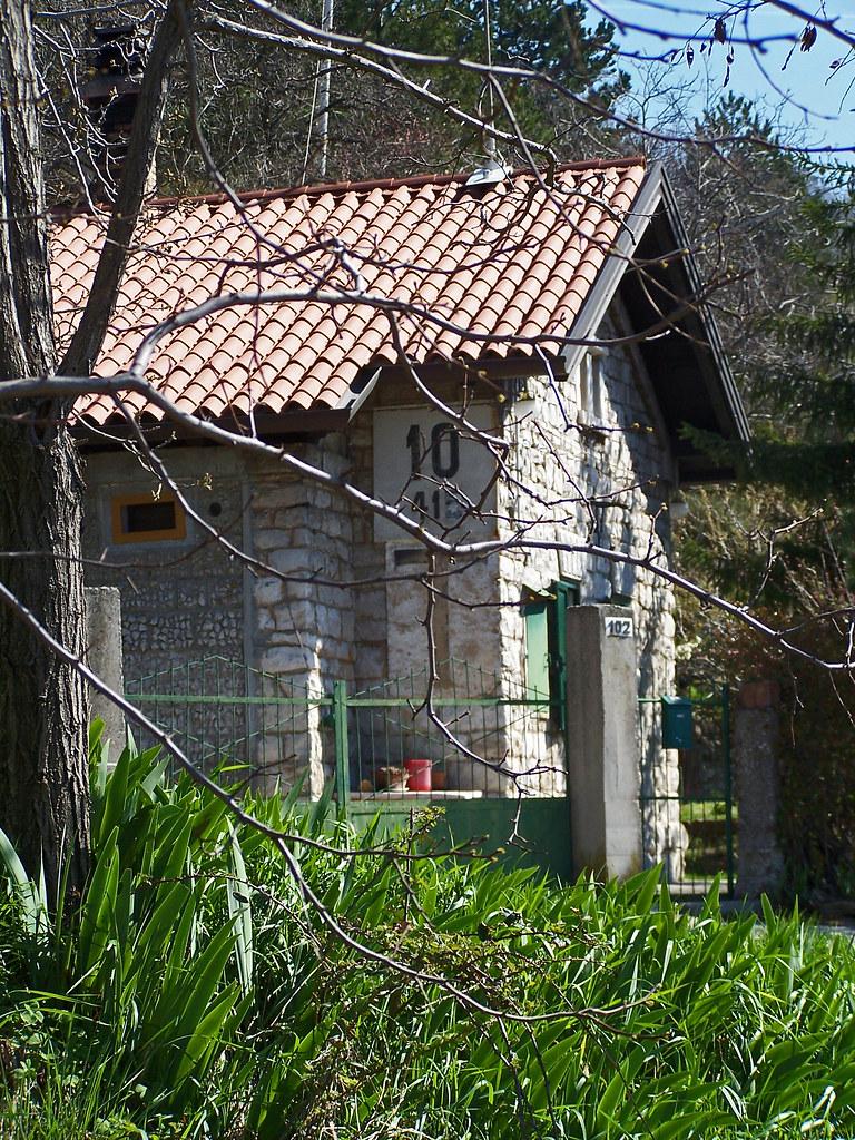 Vecchio casello ferroviario