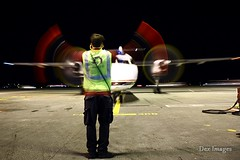 Night time Marshalling (Brandon Farris Photography) Tags: sea air horizon qx bombardier q400 ksea horizonair horizonairlines bombardierq400 n430qx brandonfarris seahawks7757 deximages
