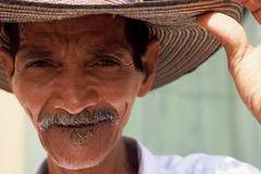 Portrait of a Colombian man. Photo: Scott Wallace / World Bank Collection