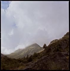 Valle delle Messi - verso il Gavia (Felinux - Cogito ergo boom!) Tags: italia hasselblad matteo agfa brescia scordino 500cm pontedilegno portrait160 valledellemessi felinux photofelinux matteoscordino