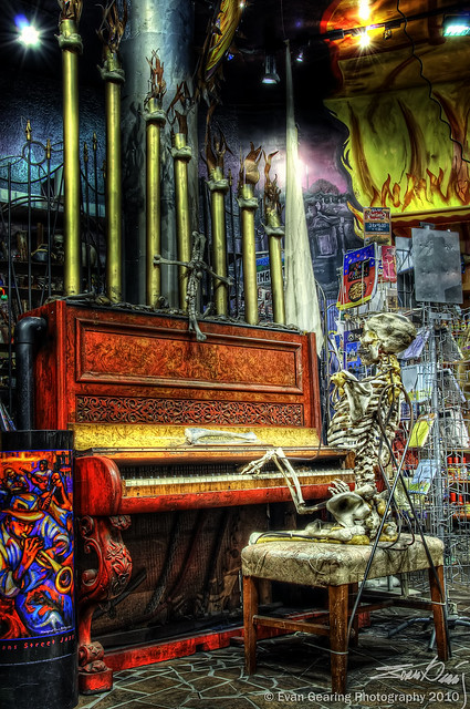 Skeleton Piano