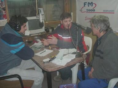 Leandro Aldana - Edgar Russo - José Luis Celli (en los estudios de FM 2000)