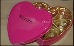 .:  E.M.P.T.Y promises from your empty H.E.A.R.T :. (● ღ ● Dhn3ood.Q6r ● ღ ●) Tags: pink heart box chocolate empty fauchon