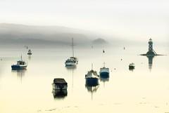 Misty Clyde (gms) Tags: lighthouse misty river boats scotland clyde smooth calm chill mellow zzzzzzzzz portglasgow inverclyde dumbartonrock oppositetescos