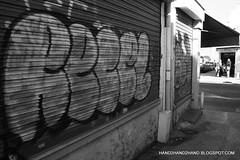 (Hand2hand) Tags: paris france rooftop train french graffiti rooftops metro tag uv graf trains tags spray basquiat shutters shutter vans van graff tran trane trackside tracksides tpk horfe horphe