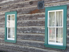 Old-time home (annkelliott) Tags: canada calgary window alberta soe heritagepark pioneervillage pioneerhome woodenwalls